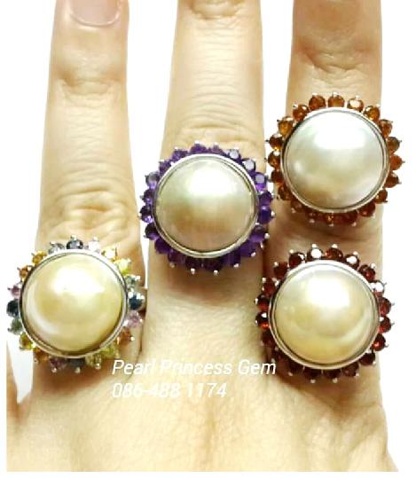 Mabe Rings:แหวนไข่มุกมาบิล้อมพลอย