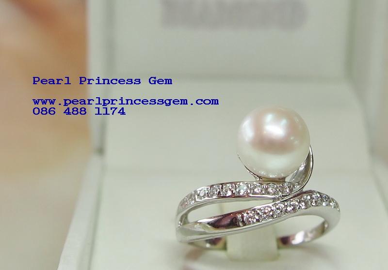แบบแหวนไข่มุกราคาถูก,แหวนไข่มุกล้อมเพชร,แบบแหวนไข่มุกราคาถูก